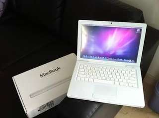 RUSH Apple Macbook (White; 2009)