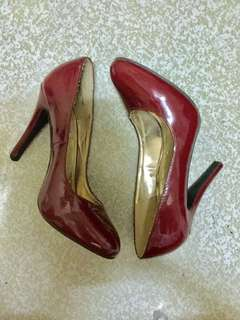 Steve Madden Red Pumps Size 7.5 (fits 8)