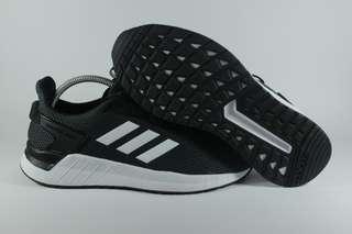 Adidas questar ride black & white