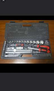 100% Brand New RS-UK socket  wrench set