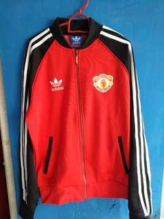 Jaket manchester united casual adidas