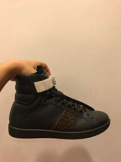 Saint Laurent Hi Top Sneaker