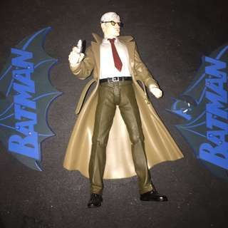 DC Direct Batman Hush Commissioner Gordon (broken glasses)