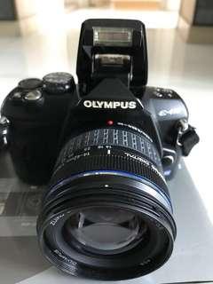 DSLR Camera E-410 連多一支18-180mn lens made in Japan