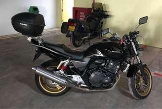 Honda CB400 Super 4 Revo