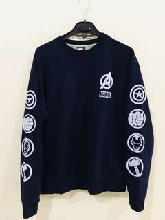 LIMITED EDITION) MARVEL AVENGERS SWEATER