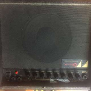 Charvel amp 28w  110 volts free transformer & boss mt2 and guitar cord