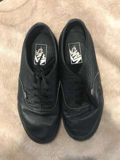 Black leather vans size 8