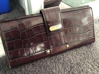 Oroton wallet - used