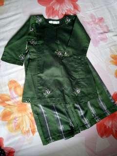 Baju Kurung Girl