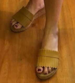 Sepatu Hell ( Renda )