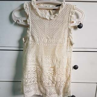ZARA CROCHET TOP WITH INNER LINING SMALL USED ONCE