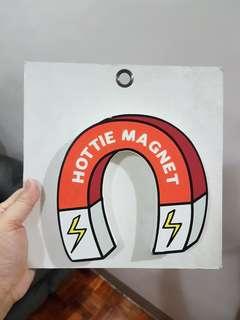 """Hottie Magnet"" Wall Decor"