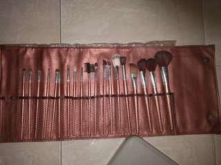 Brush Set Lokal