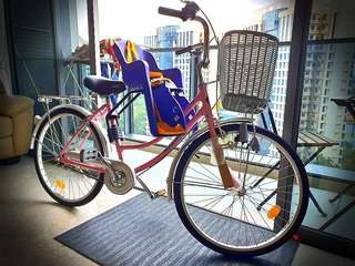 Aleoca Citybike with child seat. 2 times used only, selling due to relocation.