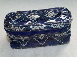 Beauty Bar Cosmetic pouch