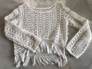 White tops knitting material