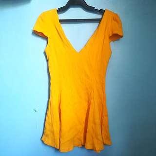 yellow long top