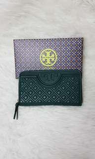 BN Authentic Tory Burch Zip Around Wallet