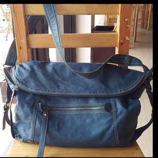 Preloved leather cross body bag