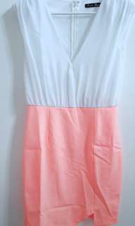 V neck Dress size 8
