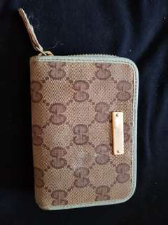 Authentic Gucci coin & credit cards pouch