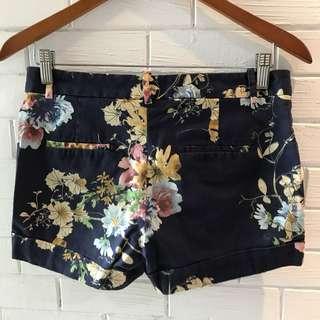 Zara flower Shorts