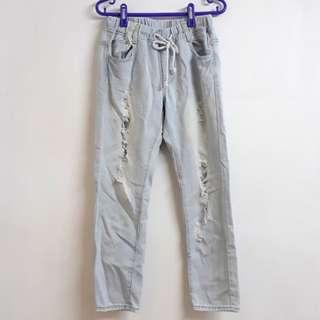 🚚 刷破牛仔直筒褲 #女裝半價拉