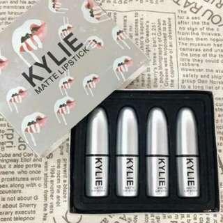Kylie Matte Lipstick Set (4-in-1)