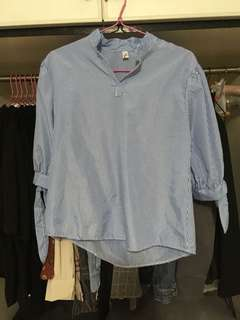Blue/white Stripe top