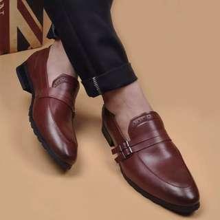 Double Buckle Strap Formal Shoe