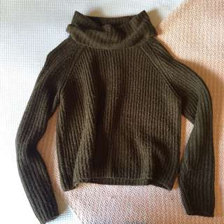 Dark green knit jumper
