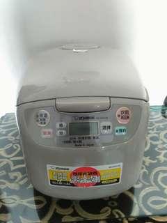 日本製象印電鍋