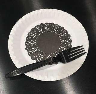 Disposable Black Doily Party Paper Plates x 15 Pcs