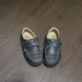 Florsheim School Shoes