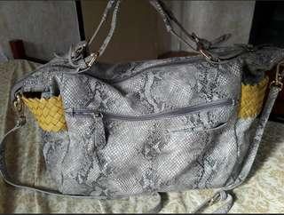 Mitaa snake skin bag preloved