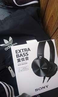 Sony.     EXTRA BASS.   MDR-XB450AP