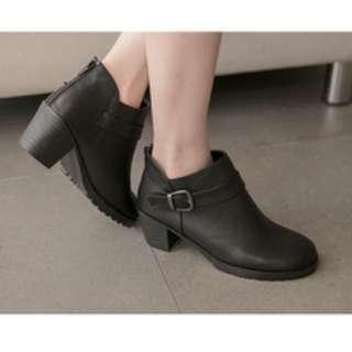 🚚 (二手)短靴 黑色