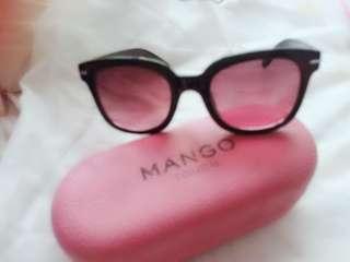 Mango shades