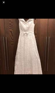 Rom gown