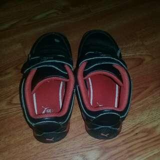 Reprice! Authentic Puma Rubber Shoes