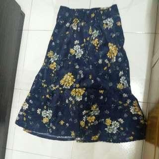 $20/件 二手衫 花花 魚尾裙
