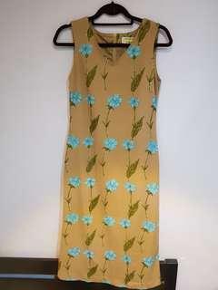 Classic Floral Sleeveless Dress