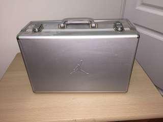 Jordan Aluminium Shoe box with CD