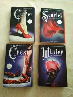 The Lunar Chronicles (cinder, scarlet, cress, winter)