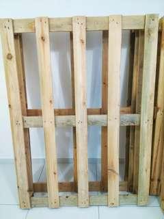 Wood Pallet 110cm (w) X 150cm (h) Medium Quality