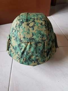 Army helmet with new camo. Size M
