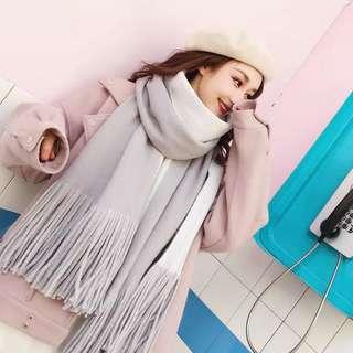 Grey/White winter scarf