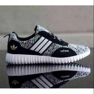 Sepatu Adidas boots putih New model
