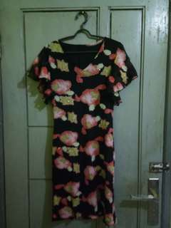Dress bunga selutut